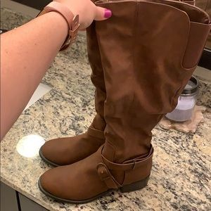 NWOT Wide Calf Riding Boots
